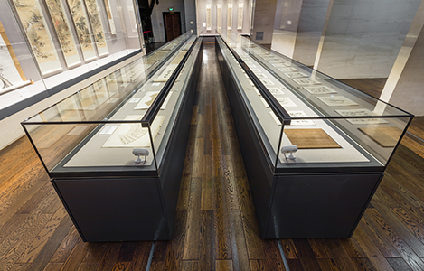 Zhuhai Museum display case